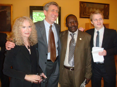 Mia Farrow, David Rubinstein, Mohamed